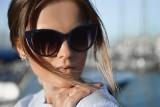 Chroń oczy. Nie kupuj okularów przeciwsłonecznych na straganie. Zobacz dlaczego