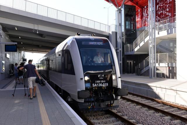 Pomorska Kolej Metropolitalna od połowy grudnia zacznie w większym stopniu służyć również mieszkańcom Gdyni i Kaszub, a nie tylko gdańszczanom