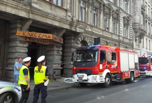 Pożar wybuch w mieszkaniu na 2 piętrze.