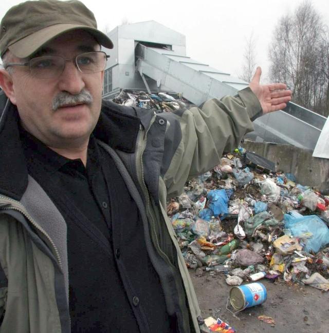 Nowa maszyna kosztowała blisko 500 tys. zł - mówi Mieczysław Rudnicki, kierownik składowiska.