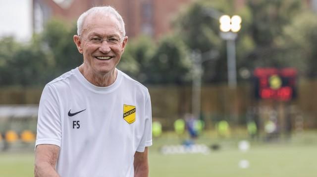 Franciszek Smuda, były selekcjoner reprezentacji Polski oraz były szkoleniowiec największych polskich klubów, trenerem Wieczystej jest od lipca 2021 r.