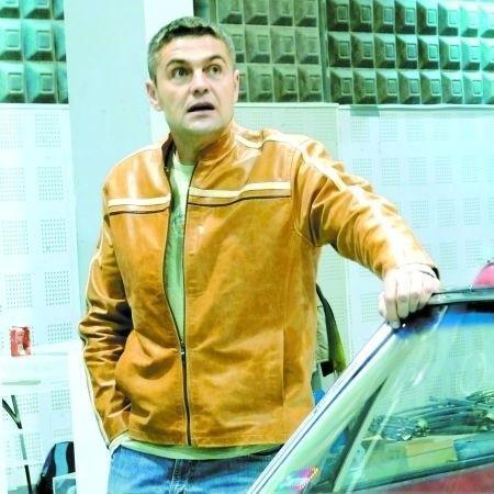 Hołowczyc - zawodowy kierowca nie dojeżdża na Suwalszczyznę
