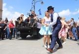 """Łódź jak Nowy Orlean, czyli na ulicę Piotrkowską powraca """"Swingowy spacer"""" z muzyka dixieland, tańcem lindy hopa i muzyką na żywo"""