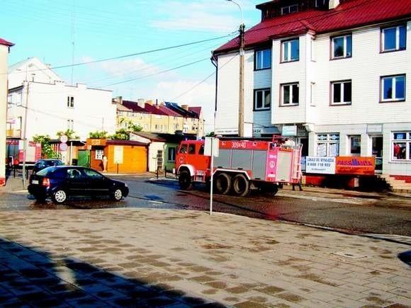 Strażacy musieli interweniować na ulicy Głównej.