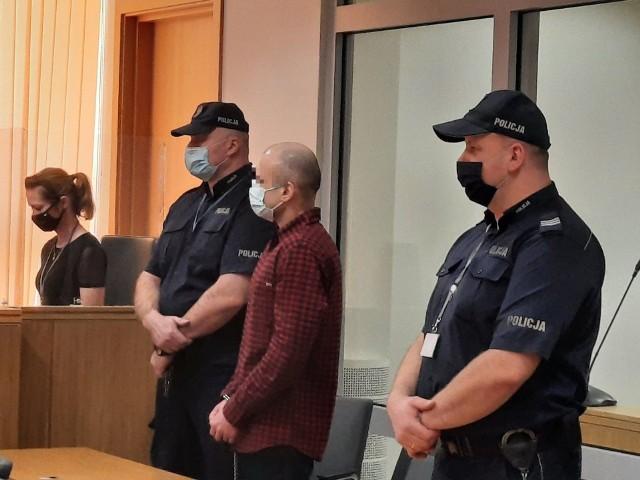 Na 25 lat więzienia skazał w piątek Sąd Okręgowy w Radomiu Marcina Z., oficera z radomskiej jednostki wojskowej, za zabójstwo żony przez uduszenie.