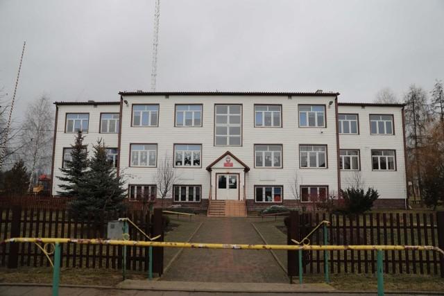 Szkoła Podstawowa w Strabli ma kłopoty finansowe