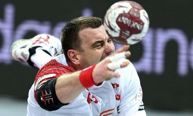 Mimo przegranej z Katarem w meczu półfinałowym, Polska reprezentacja wciąż ma szansę na medal. W małym finale, czyli meczu o trzecie miejsce i brązowy medal powalczymy już w niedzielę, 1 lutego.