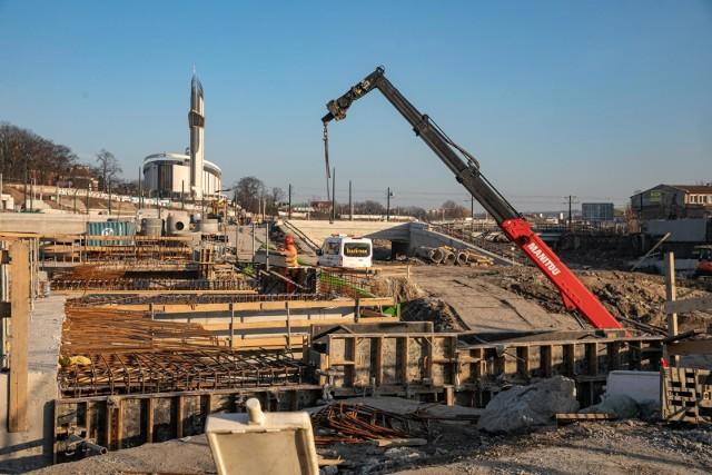 Zakończenie budowy Trasy Łagiewnickiej w Krakowie zaplanowano na koniec 2021 roku.