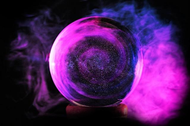 Horoskop dzienny środa 12 lutego 2020 roku. Co Cię spotka w środę 12.2.2020 r.? Horoskop dla wszystkich znaków zodiaku.