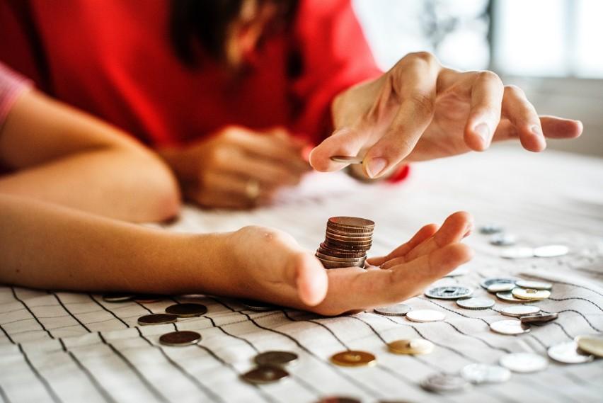 Systematycznie oszczędzanie pieniędzy to sztuka, która nie...