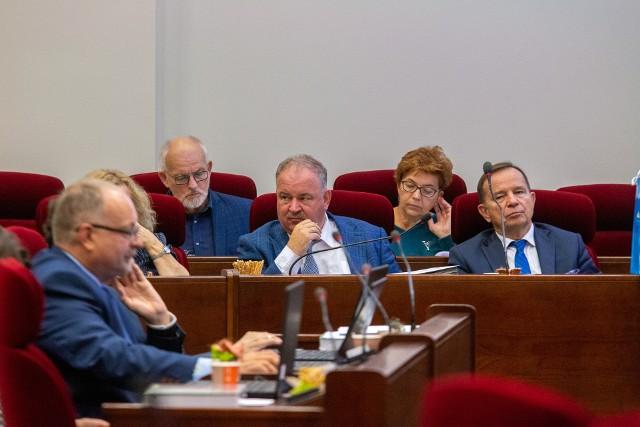 Wycofanie uchwały z maja 2019 roku i przyjęcie nowego stanowiska ws. tolerancji to inicjatywa zarządu województwa