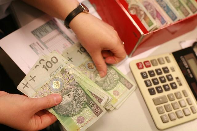 Średnia zarobków na Podkarpaciu przez ostatnie 20 lat wynosiła 83 do 85 proc. średniej krajowej.