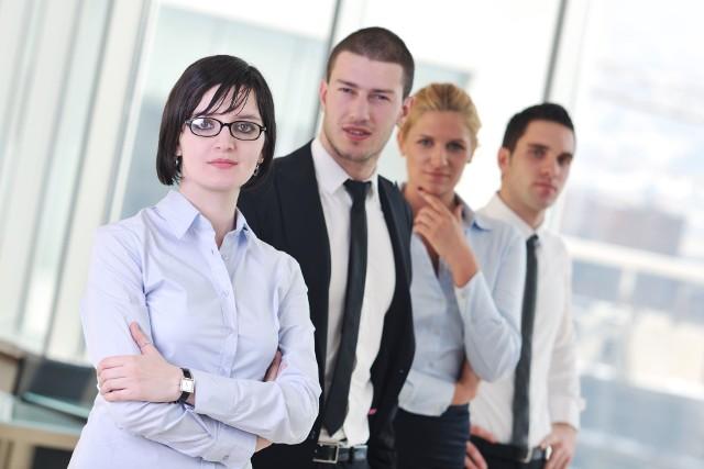 Doradca zawodowy zawsze pomoże Nie wiesz jaki wybrać zawód? Chcesz się przekwalifikować? Chcesz nabyć nowe kompetencje? Porozmawiaj z doradcą zawodowym i zaplanuj swoją karierę!
