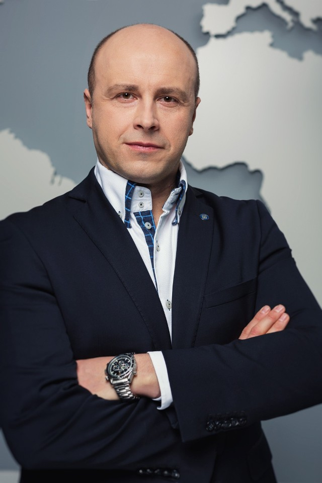 Krzysztof Inglot, Work Service
