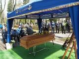 Pogrzeb prezydenta Łodzi Marka Czekalskiego na łódzkim cmentarzu Doły ZDJĘCIA