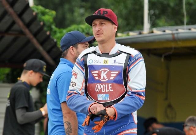 Adrian Gomólski ostatnio był zawodnikiem Kolejarza Opole