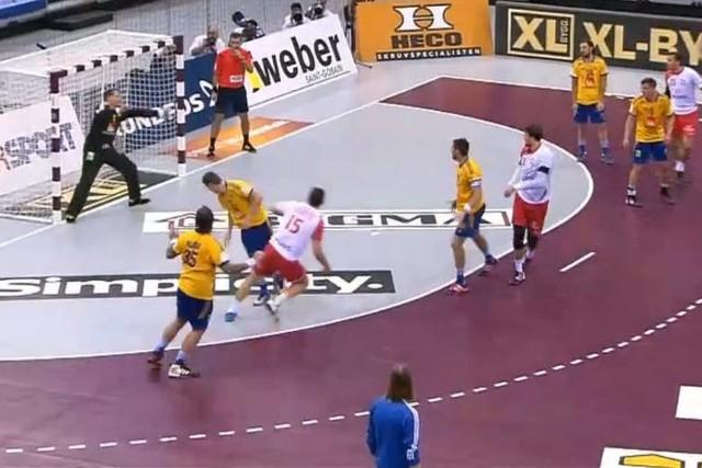 Polska - Szwecja 24:20 (10:11). Polacy w ćwierćfinale Mistrzostw Świata w Katarze! Mimo że pięć minut musieliśmy czekać na pierwszą bramkę, ostatecznie kadra Michaela Bieglera wygrała i zagra w kolejnej fazie rozgrywek. W środę mecz 1/4 finału Polska - Chorwacja.