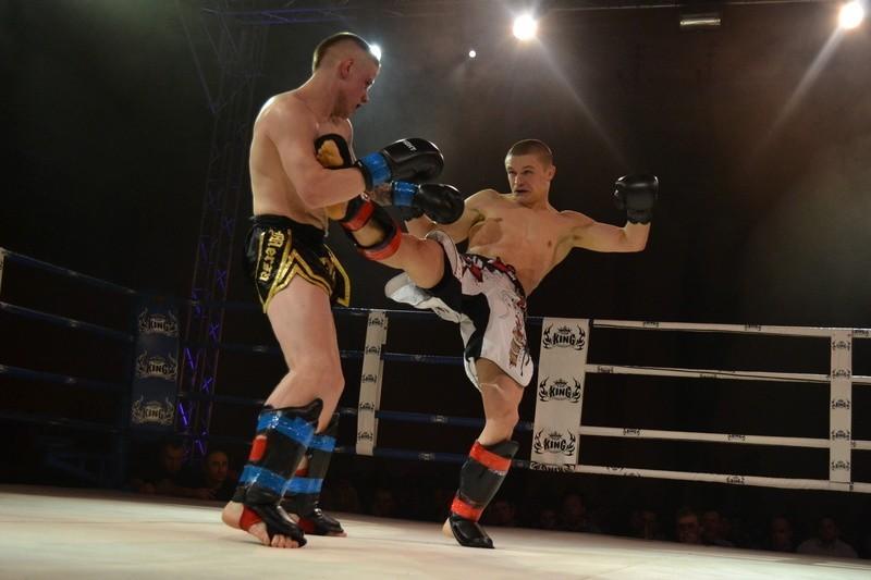 Pas zawodowego mistrza Polski Kick-Light zdobył Wiesław Złoty.