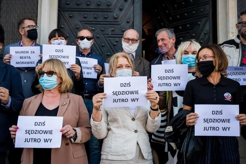 W poniedziałek (21.09.) w całej Polsce - także w Bydgoszczy - odbyły się demonstracje poparcia dla sędzi Beaty Morawiec.