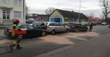 Zderzenie trzech aut na ulicy Bałtyckiej w Słupsku. Stłuczka mercedesa, opla i vw passata [ZDJĘCIA]