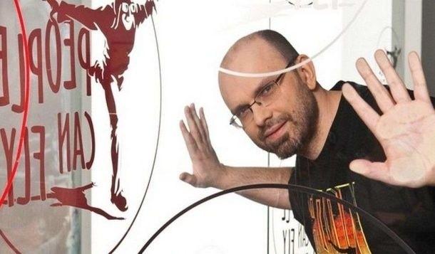 Adrian ChmielarzOstatnią produkcją People Can Fly był Bulletstorm. Teraz studio pracuje nad Gears of War: Judgement, ale już bez Chmielarza
