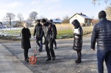 Wyremontowane drogi w Czyżowie Szlacheckim i Chrapanowie w gminie Zawichost. Rolnicy dojadą  do pól, a dzieci dojdą do świetlicy [ZDJĘCIA]