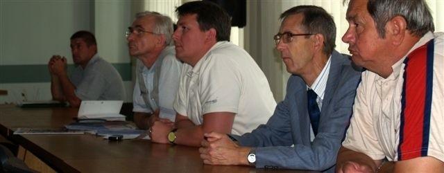 Spotkanie poprowadził koordynator projektu budowy trasy. Słuchało go tylko kilka osób