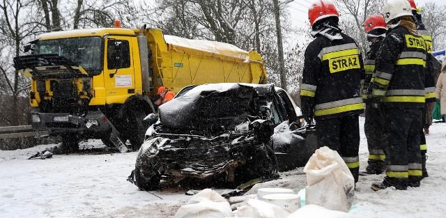 Wypadek na skrzyżowaniu ul. Nad Odrą i Kościelnej