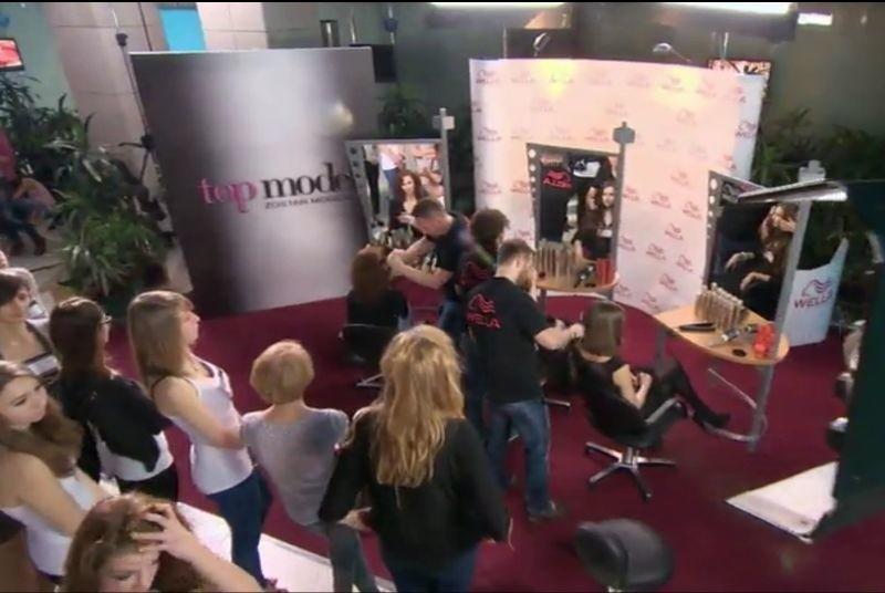 Krzysztof Piątek wraz ze swoim zespołem został zaproszony do pracy przy sesji zdjęciowej na potrzeby telewizyjnego show Top Model, emitowanego przez telewizję TVN.