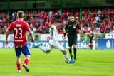 Lech Poznań: Arbiter meczu Raków - Lech wysłany na przymusowy odpoczynek. Mariusz Złotek będzie miał przerwę od sędziowania