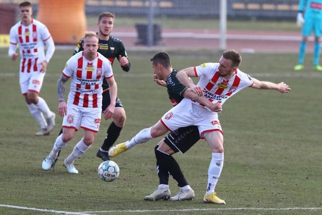 """Radosław Adamski znalazł się w jedenastce kolejki tygodnika """"Piłka Nożna"""""""