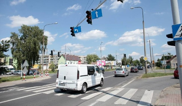 Skrzyżowanie ulicy Ozimskiej z ul. Tysiąclecia i al. Witosa