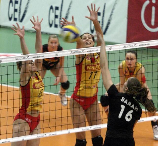 Maria Liktoras (z numerem 11, w środku) trafiła do polickiego klubu jako nastolatka. Przed rokiem zdobyła wraz z koleżankami z reprezentacji mistrzostwo Europy, a z drużyną Calisii Kalisz - mistrzostwo Polski.