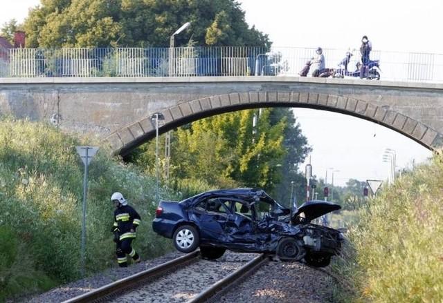 Do wypadku na przejeździe kolejowym w Murowanej Goślinie doszło w poniedziałek