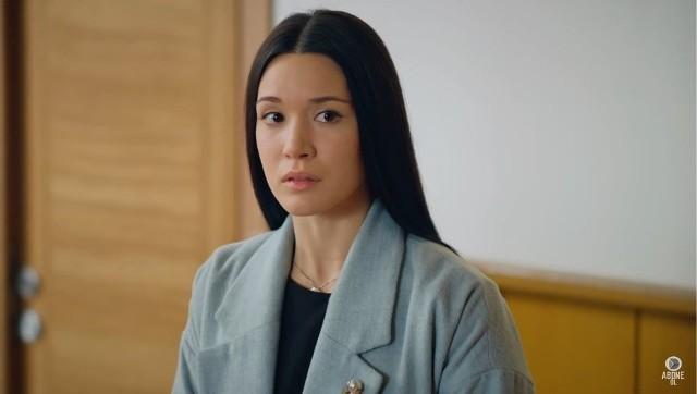 Więzień Miłości - odcinek 431 - emisja 16.11.2020Dżanan bezskutecznie przestrzega Zehrę przed Defne. Niebawem poznaje świadka wypadku, który spowodowała zazdrosna intrygantka. Znika on jednak, zanim kobiecie udaje się poznać szczegóły.