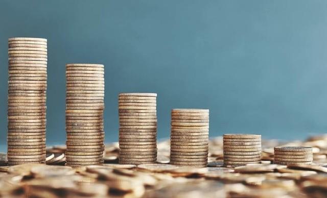 Zbliża się czas składania rocznych zeznań podatkowych. Podobnie jak w poprzednich latach każdy podatnik może wesprzeć jedną z wielu organizacji pożytku publicznego odpisem podatkowym w wysokości 1 procenta swojego podatku. Każdy może obdarować dowolną organizację zarejestrowaną w dowolnej miejscowości w Polsce, ale jak zwykle samorządowcy oraz lokalni społecznicy zachęcają do przekazywania pieniędzy lokalnym organizacjom.Na kolejnych slajdach zobacz organizacje zarejestrowane w powiecie lipskim, które można wspierać darowizną.