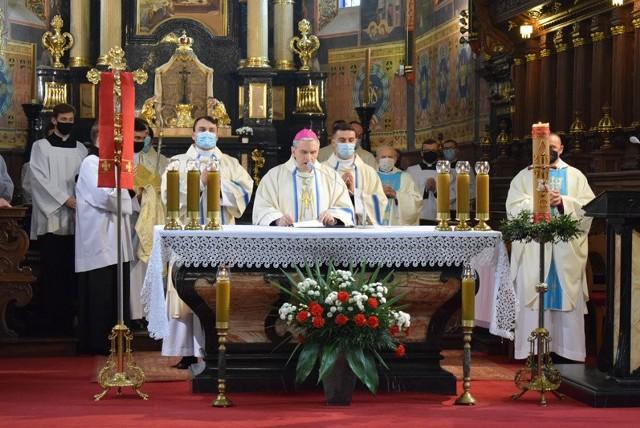 Mszy świętej przewodniczył biskup sandomierski Krzysztof Nitkiewicz.