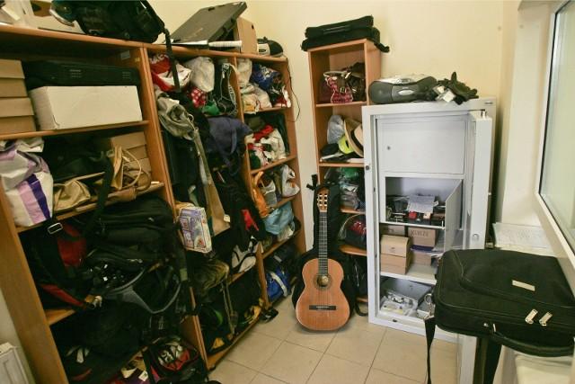 Biuro rzeczy znalezionych we wrocławskim MPK, zdjęcie ilustracyjne