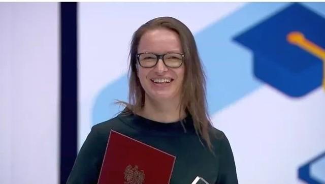 Katarzyna Sopolińska, nauczycielka Szkoły Podstawowej nr 11 w Inowrocławiu nagrodzona została pierwszym miejscem w kategorii Ambasador eTwinning za realizację projektu European Bedtime Stories.