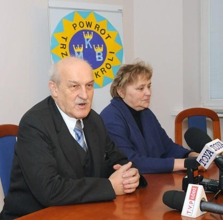 Jerzy Kropiwnicki na konferencji ws. święta Trzech Króli.
