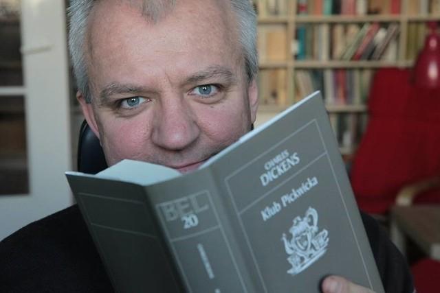 Prof. Jarosław Płuciennik to reprezentant Wydziału Filologicznego, humanista - m.in. kulturoznawca i literaturoznawca