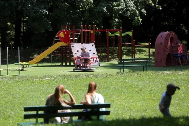 Park Bednarskiego to ulubione miejsce spacerów i rekreacji dla mieszkańców Podgórza