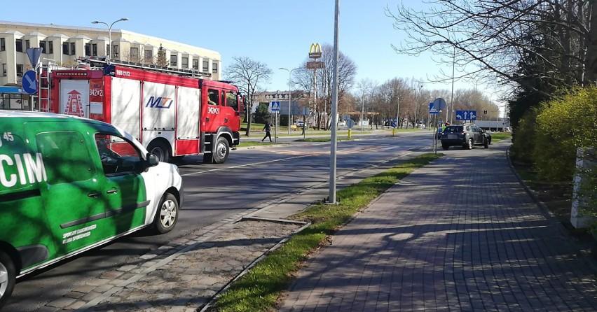 Stłuczka na ulicy Szczecińskiej w Słupsku. Kierowca się zagapił [ZDJĘCIA]