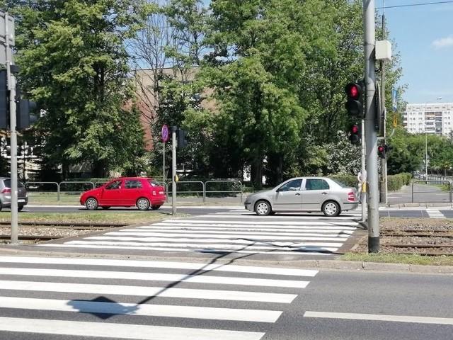 Zarząd Dróg Miejskich i Miejski Inżynier Ruchu już analizowali sposoby zwiększenia bezpieczeństwa na skrzyżowaniu Hetmańska/Dmowskiego.