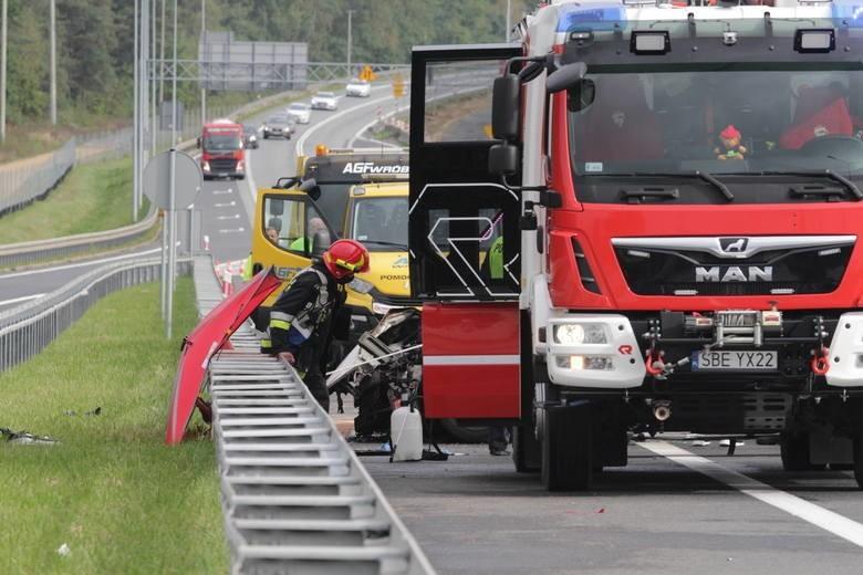 Tragiczny wypadek na S1. Zginęły 3 osoby, a jedna trafiła do szpitala