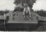 Lato w Nowej Soli z poprzedniego wieku. Młodzi nowosolanie mieli swoje ulubione miejsca i zabawy. Zobaczcie archiwalne zdjęcia
