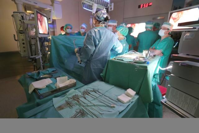 Instrumentariuszki ze szpitala Barlickiego rozpoczęły protest. Czy szpital będzie w stanie normalnie funkcjonować