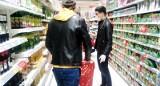 Ciche godziny w sklepach Carrefour. Mają pomóc w zakupach osobom z autyzmem. W Poznaniu będą obowiązywać w jednym hipermarkecie