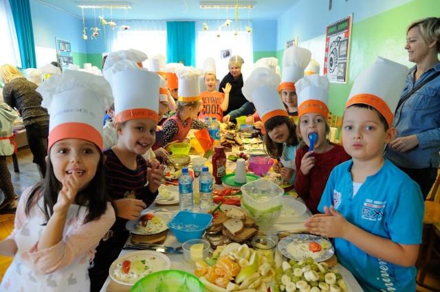 Rekord Guinnessa w największej lekcji gotowania zdrowego śniadania pobity przez polskich uczniów!