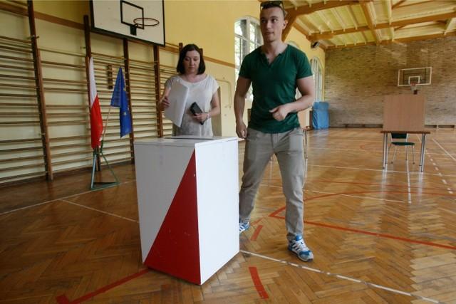 Wyniki wyborów Wrocław - wyniki głosowania w niedzielę po godz. 21.00 na GazetaWroclawska.pl